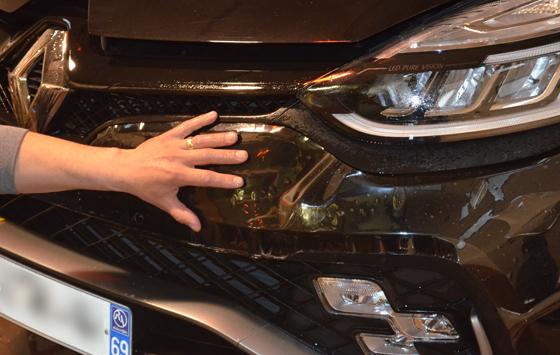 Film protection carrosserie automobile film pose, vitres sécurisées, protection de carrosserie et covering pour vos véhicules, Confort Glass à Caluire, Lyon