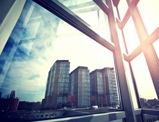 Bâtiment, film pour vitrage, protection séisme, Confort Glass Caluire, Lyon