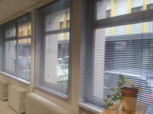 Bâtiment, stores intérieurs, Confort Glass Caluire, Lyon