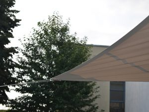 Bâtiment, toile tendue, voile d'ombrage, Confort Glass Caluire, Lyon