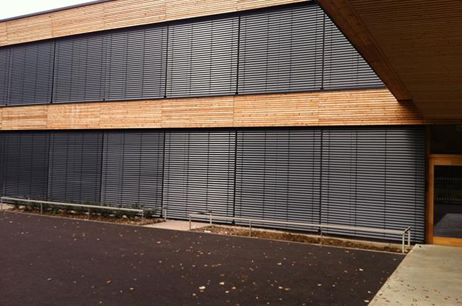 Brises soleil verticaux Stores BSO Thiez Bâtiment Confort Glass Sathonay-Camp Lyon