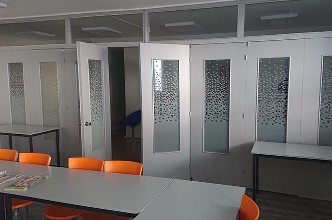 Film dépoli Pixel bureaux Lyon, Confort Glass Caluire