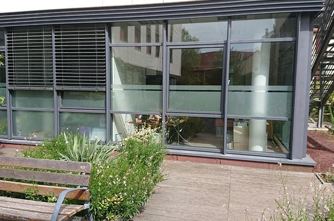 Film dépoli vitrage personnalisé, Confort Glass, Caluire, Lyon, région Rhône-Alpes