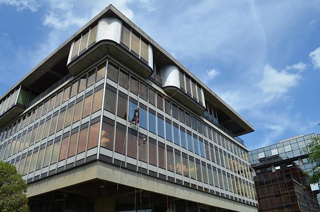 Film solaire pour vitrages Silver 35 OSW, Confort Glass bâtiment, Sathonay-Camp, Lyon