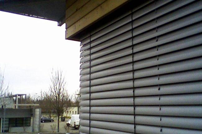 Brise soleil orientables, Confort Glass Bâtiment, Caluire, Lyon, région Rhône-Alpes