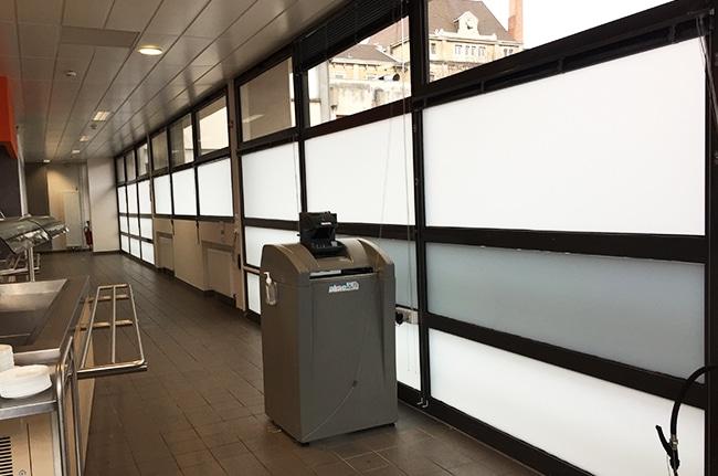 Vitrage, pose film dépoli, Confort Glass bâtiment, Caluire, Lyon, région Rhône-Alpes