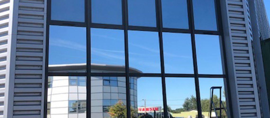 Film solaire façade, Silver 20 OSW, Confort Glass Bâtiment, Caluire, Lyon, région Rhône-Alpes