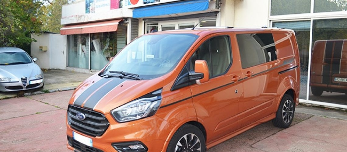 Vitres teintées Ford Transit Custom, Confort Glass Automobile, Sathonay-Camp, Lyon, région Rhône-Alpes